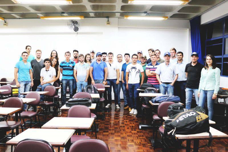 Palestras sobre Marketing, Comunicação e Vendas aos acadêmicos da PUC Toledo