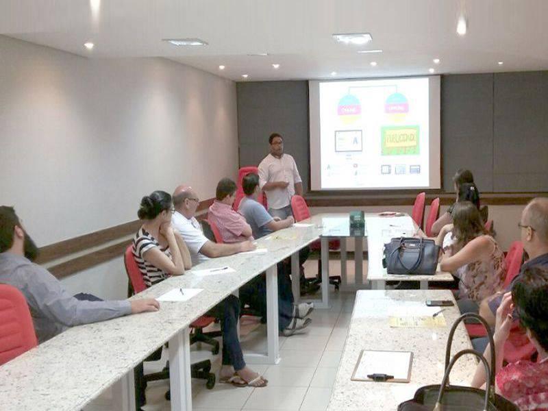 Núcleo do Jardim Porto Alegre realiza palestra sobre Marketing e Merchandising